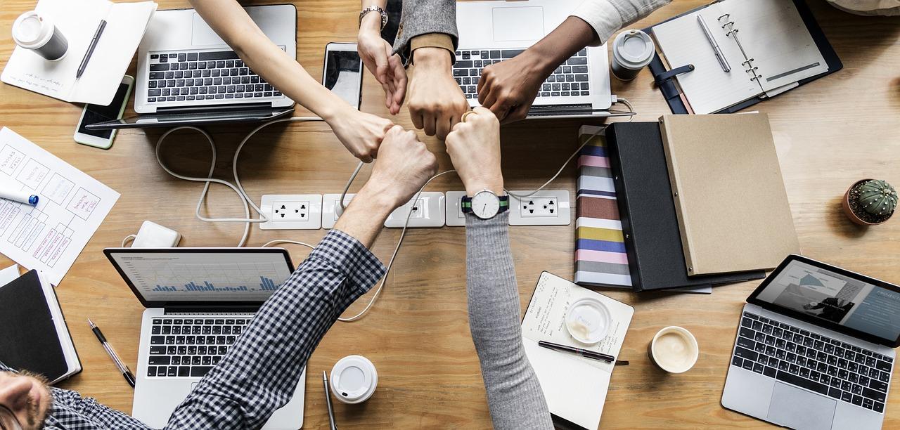 Equipe No Ambiente De Trabalho Com Boa Gestão